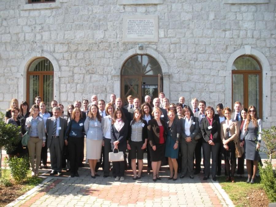 FIASR Seminar - Group Photo.jpg