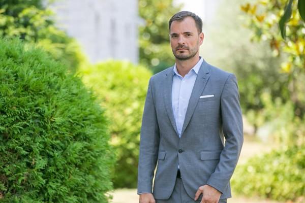 Mr. Slaven Bukarica