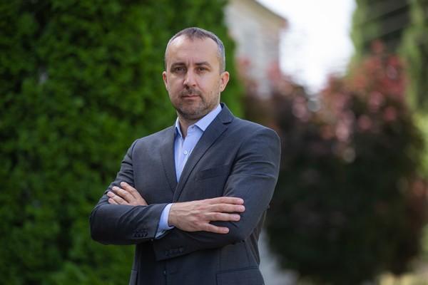 Mr. Vladimir Nikolic
