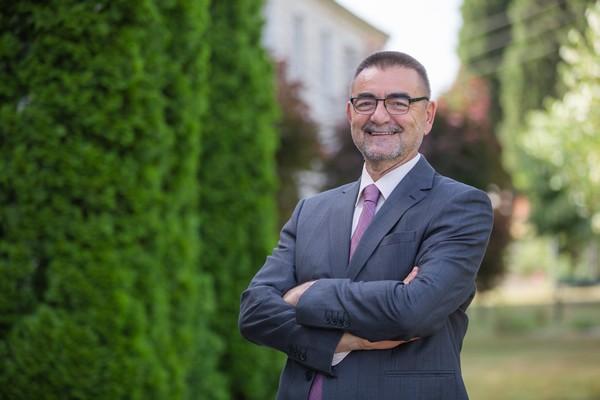 Mr. Dragan Djuric